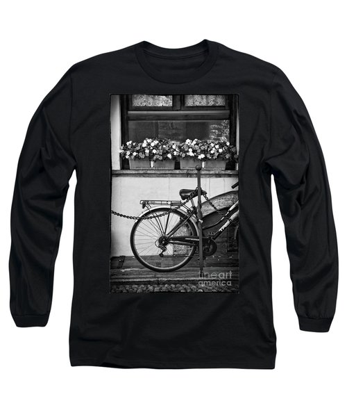 Bicycle With Flowers Long Sleeve T-Shirt
