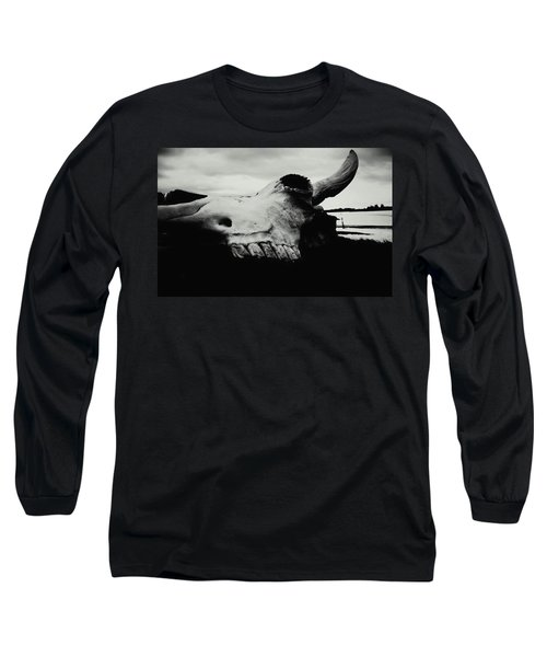 Bison Skull Black White Long Sleeve T-Shirt