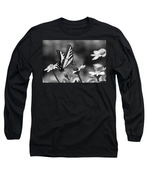 Black And White Butterfly On Flower Long Sleeve T-Shirt