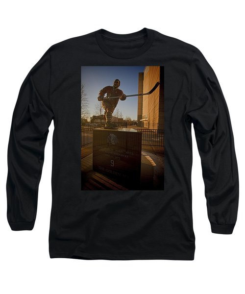 Bobby Hull Sculpture Long Sleeve T-Shirt