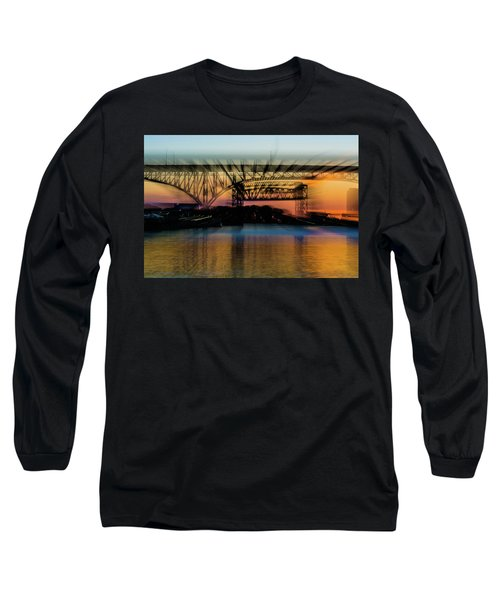 Bridge Motion Long Sleeve T-Shirt
