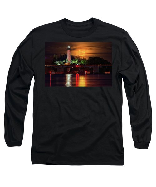 Burning Moon Rising Over Jupiter Lighthouse Long Sleeve T-Shirt