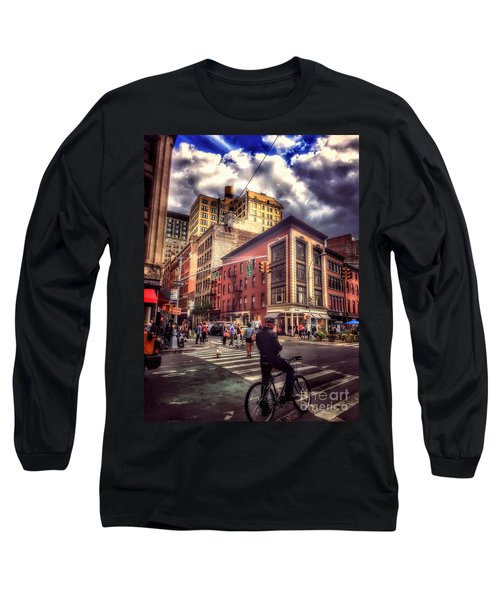 Busy Day In The City Long Sleeve T-Shirt