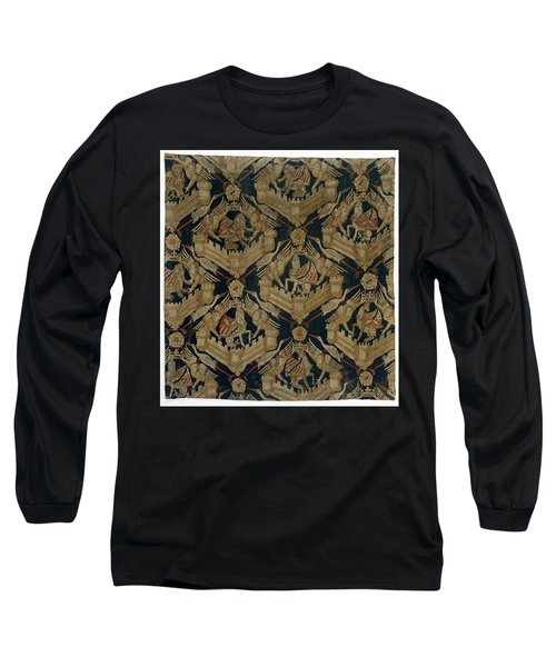 Textile Tapestry Carpet With The Arms Of Rogier De Beaufort Long Sleeve T-Shirt by R Muirhead Art