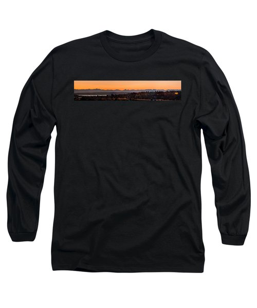 Long Sleeve T-Shirt featuring the photograph Cascade Mountains At Dawn by E Faithe Lester