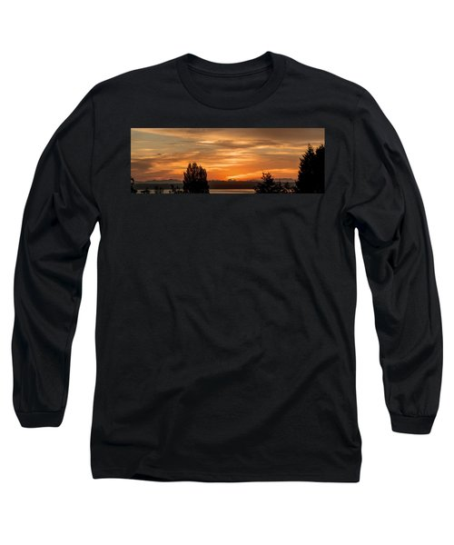 Long Sleeve T-Shirt featuring the photograph Cascade Mountains - Sunrise Panorama by E Faithe Lester