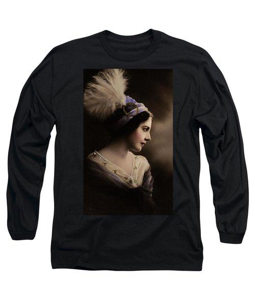 Celeste Aida Long Sleeve T-Shirt
