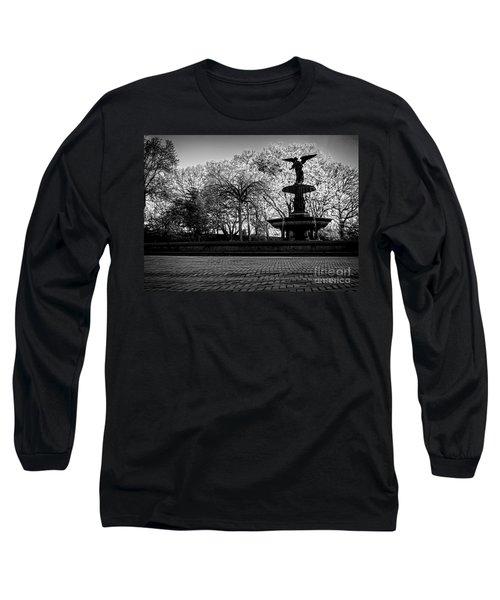 Central Park's Bethesda Fountain - Bw Long Sleeve T-Shirt by James Aiken