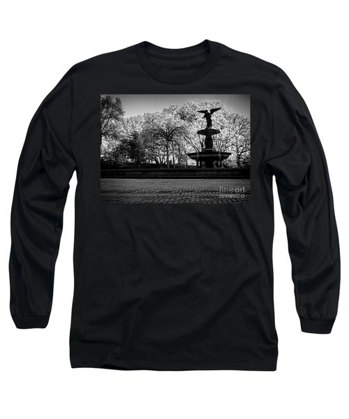 Central Park's Bethesda Fountain - Bw Long Sleeve T-Shirt