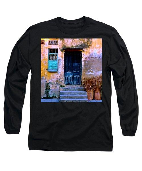 Chinese Facade Of Hoi An In Vietnam Long Sleeve T-Shirt