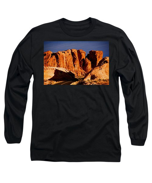 Cliffs In Valley Of Fire State Park, Nv Long Sleeve T-Shirt