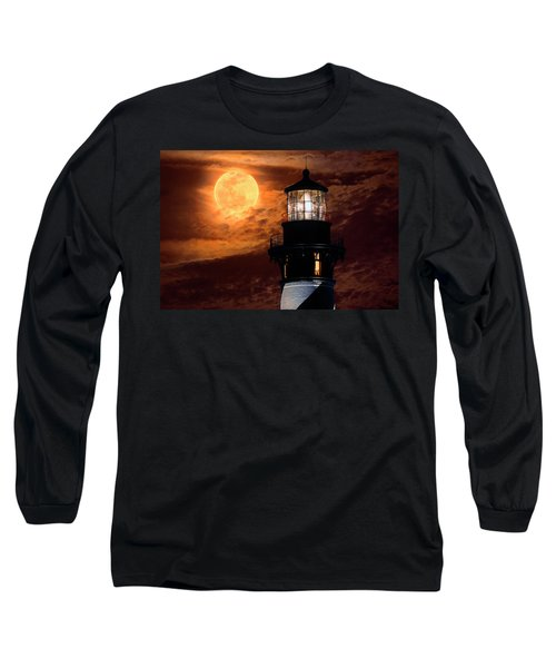 Closeup Of Full Moon Rising Over St Augustine Lighthouse Long Sleeve T-Shirt
