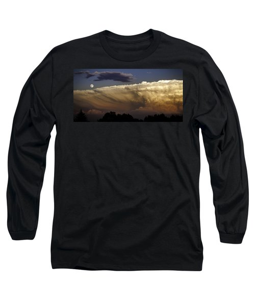 Cumulonimbus At Sunset Long Sleeve T-Shirt