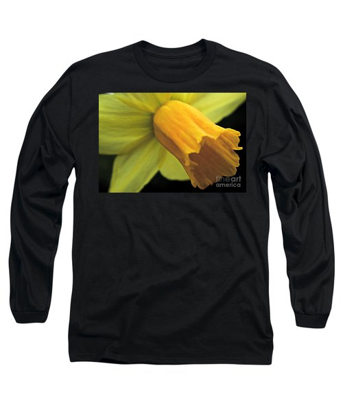 Daffodil - Narcissus - Portrait Long Sleeve T-Shirt