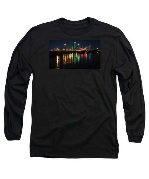 Long Sleeve T-Shirt featuring the photograph Dallas At Night by Kathy Churchman