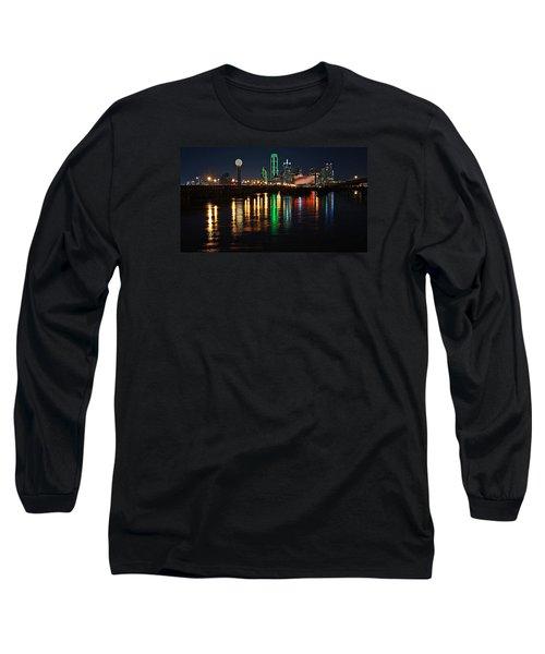 Dallas At Night Long Sleeve T-Shirt by Kathy Churchman