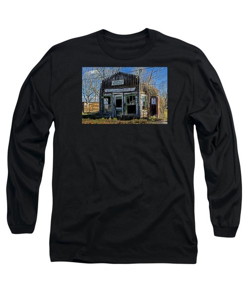 Long Sleeve T-Shirt featuring the photograph Daniel Station by Scott Read