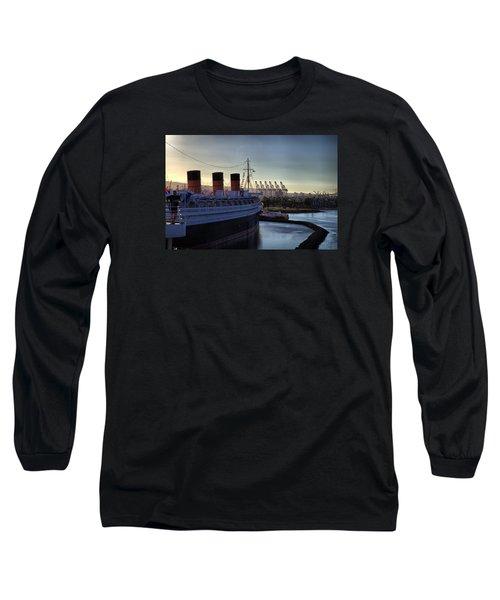 De Queen Long Sleeve T-Shirt