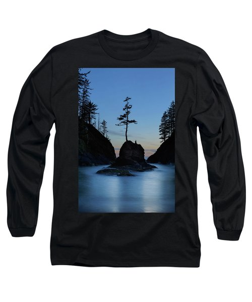 Deadman's Cove At Cape Disappointment At Twilight Long Sleeve T-Shirt