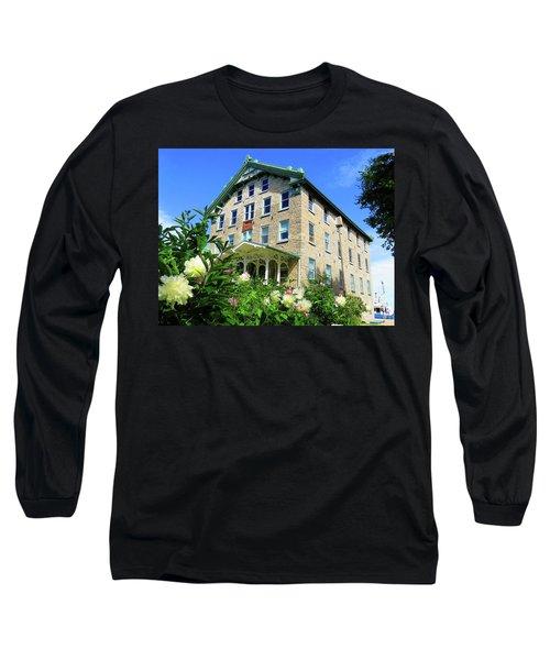 Dec Building Cape Vincent Ny Long Sleeve T-Shirt