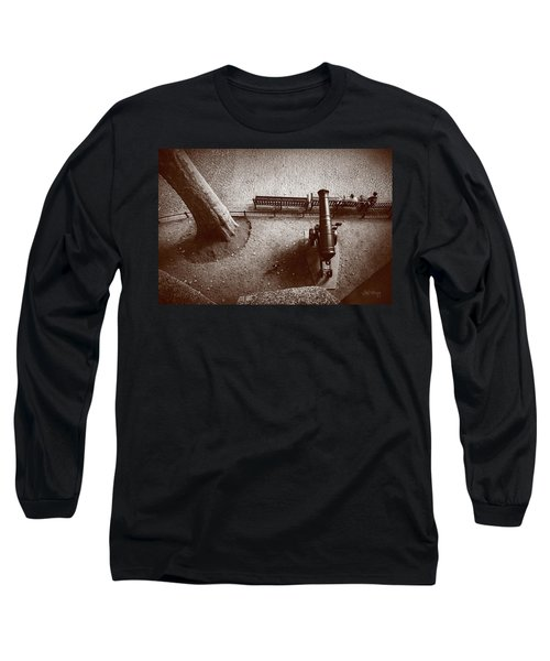 Defending London Long Sleeve T-Shirt