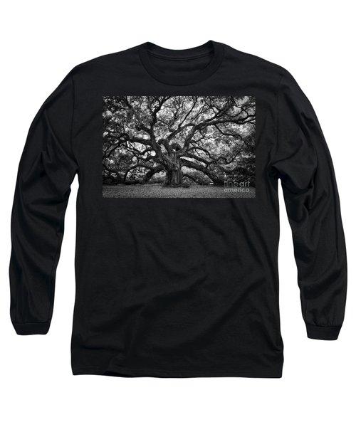 Dramatic Angel Oak In Black And White Long Sleeve T-Shirt