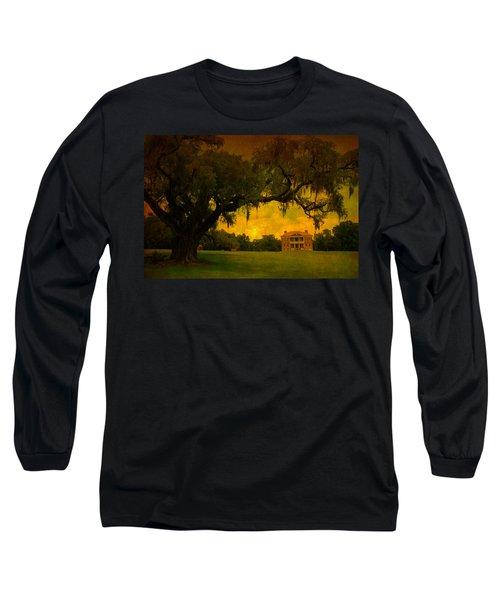 Drayton Hall Plantation In Charleston Long Sleeve T-Shirt