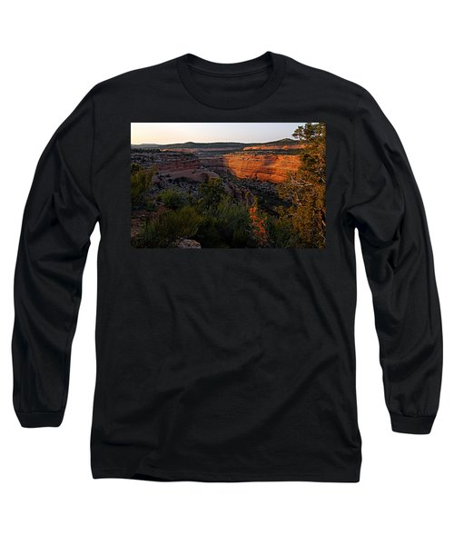 Dusk At Colorado National Monument Long Sleeve T-Shirt
