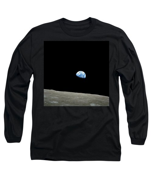 Earthrise - The Original Apollo 8 Color Photograph Long Sleeve T-Shirt