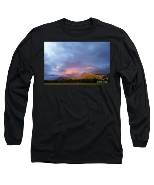 Long Sleeve T-Shirt featuring the photograph Evening In Cades Cove - D009913 by Daniel Dempster