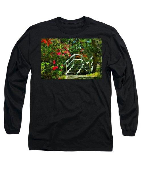 Flowers Bloom Alongside Magnolia Plantation Bridge - Charleston Sc Long Sleeve T-Shirt