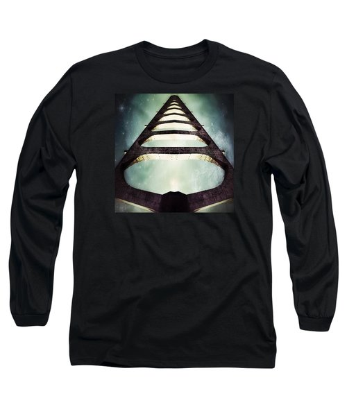 Free Waters Long Sleeve T-Shirt by Jorge Ferreira