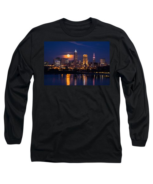 Full Moonrise Over Cleveland Long Sleeve T-Shirt