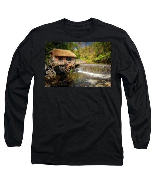 Gomez Mill House Long Sleeve T-Shirt
