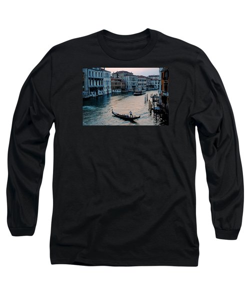 Long Sleeve T-Shirt featuring the photograph Gondolier On Grand Canal by Robert Moss