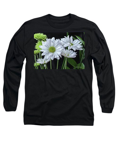 Long Sleeve T-Shirt featuring the photograph Green Eyed Daisy by Bonnie Willis