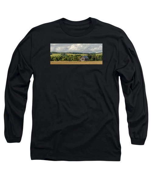 Long Sleeve T-Shirt featuring the photograph Grey Barn by Dan Traun