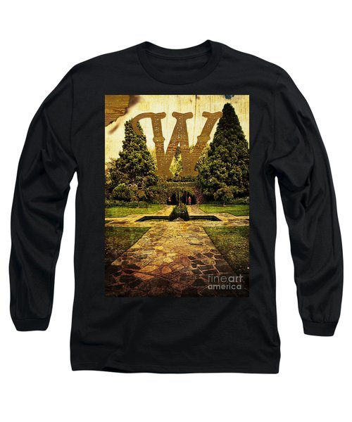 Grungy Melbourne Australia Alphabet Series Letter W Pioneer Wome Long Sleeve T-Shirt