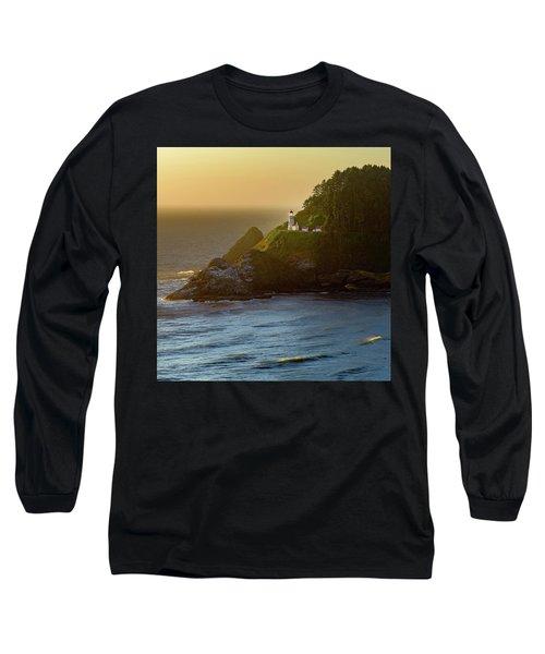 Heceta Head Lighthouse At Sunset Long Sleeve T-Shirt