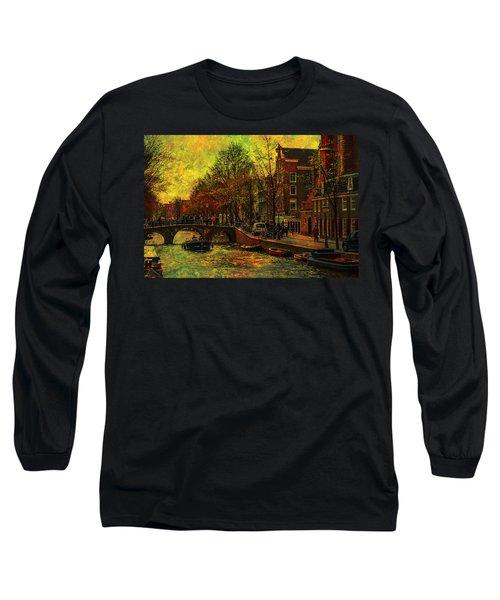 I Amsterdam. Vintage Amsterdam In Golden Light Long Sleeve T-Shirt