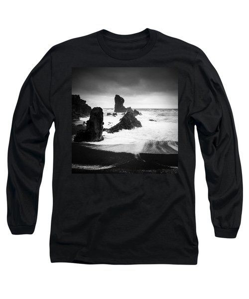 Iceland Dritvik Beach And Cliffs Dramatic Black And White Long Sleeve T-Shirt