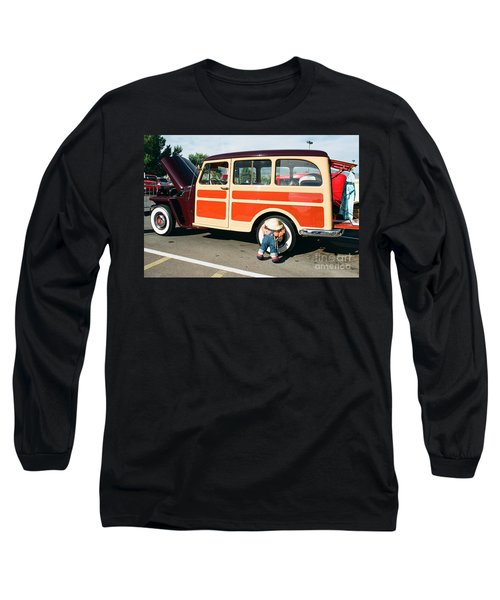 Jeepster Long Sleeve T-Shirt by Vinnie Oakes