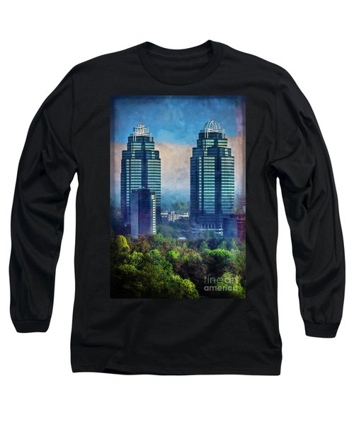 King And Queen Buildings Long Sleeve T-Shirt