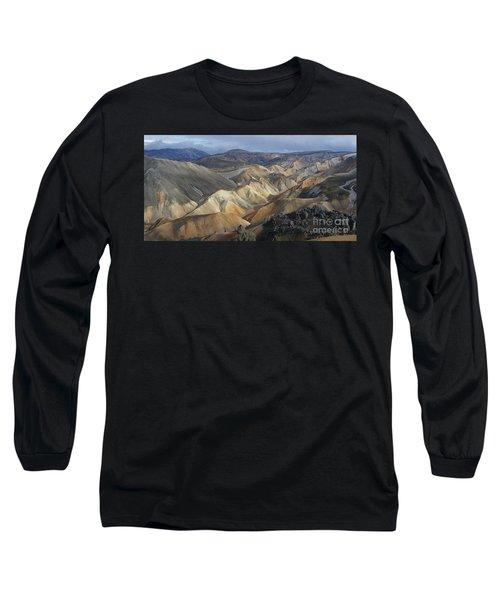 Landmannalaugar Rhyolite Mountains Iceland Long Sleeve T-Shirt