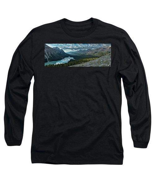Last Rays Of Light Over Peyto Lake Long Sleeve T-Shirt by Sebastien Coursol