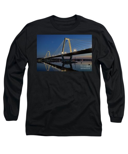 Long Sleeve T-Shirt featuring the photograph Lewis And Clark Bridge - D009999 by Daniel Dempster