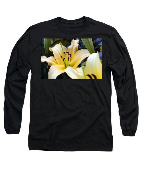 Lily Splendor Long Sleeve T-Shirt