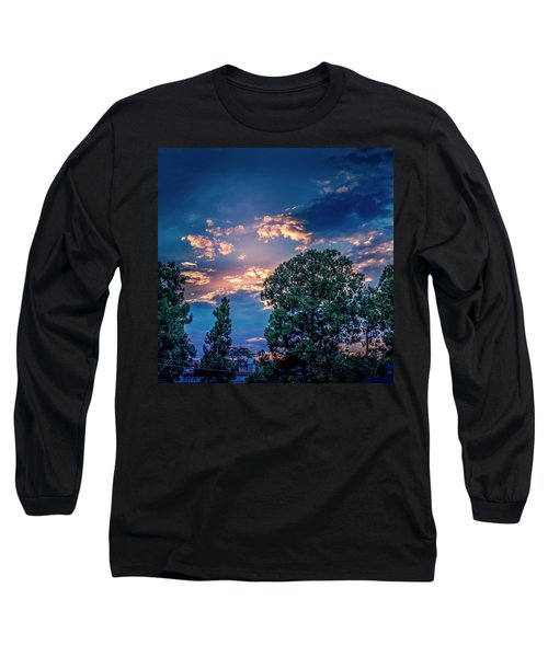 Looking West At Sunset Long Sleeve T-Shirt