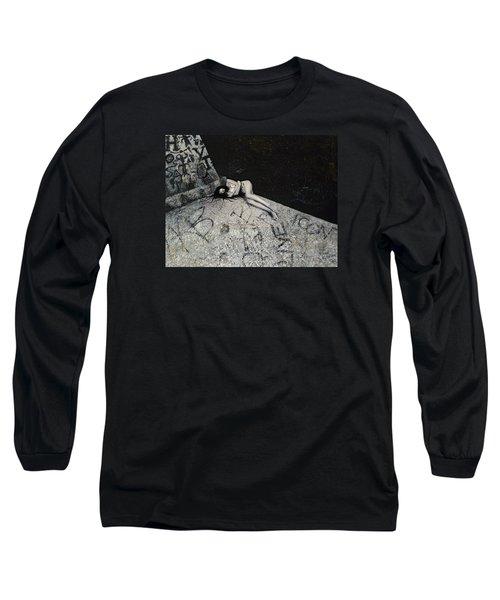 Lost In New York Long Sleeve T-Shirt by Yelena Tylkina