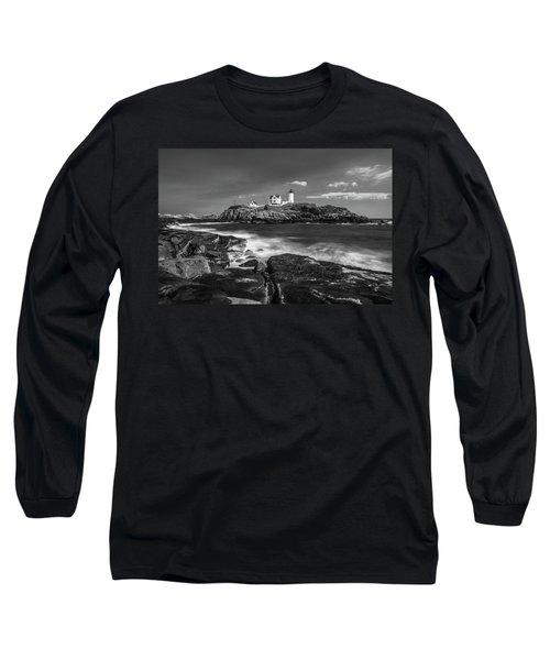 Maine Cape Neddick Lighthouse In Bw Long Sleeve T-Shirt